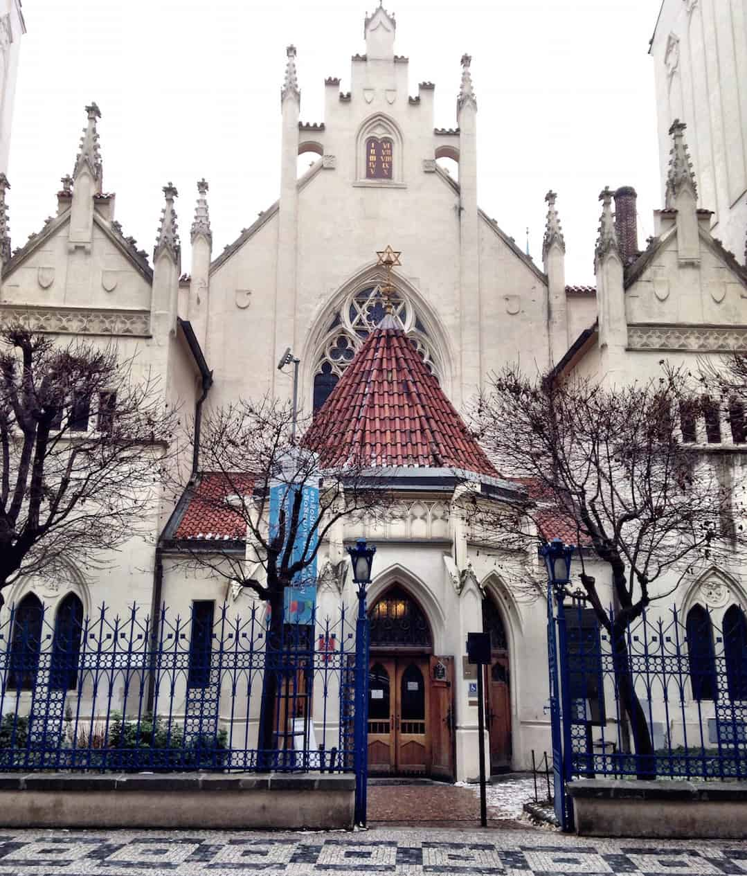 Prague First Timers Guide: Old Synagogue - Things to do in Prague, what not to miss for first timers traveling to Prague, #travel #travelblogger #Prague #Europe #CzechRepublic #Czechia