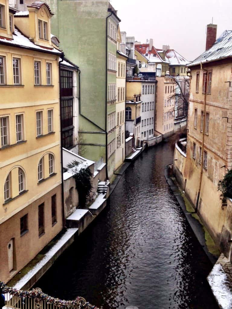 Things to do in Prague, what not to miss for first timers traveling to Prague, #travel #travelblogger #Prague #Europe #CzechRepublic #Czechia