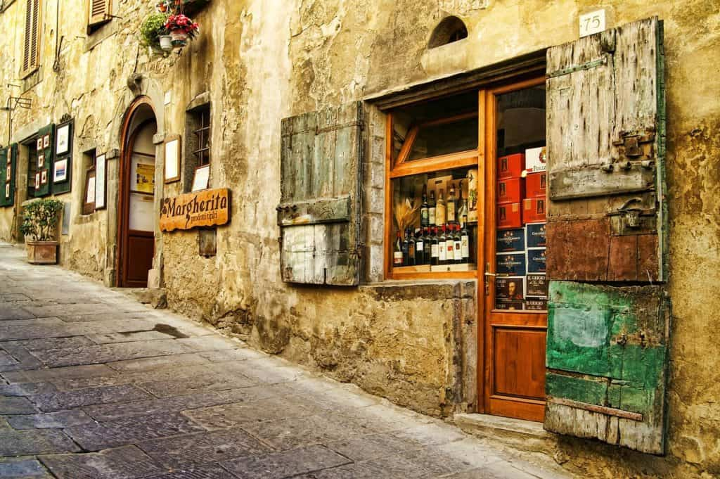 offbeat experiences in Italy