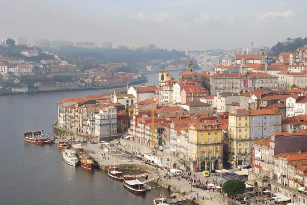 reasons to visit porto