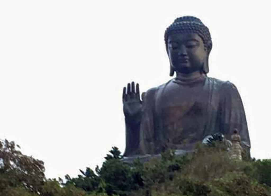 places to see in hong kong the big buddha