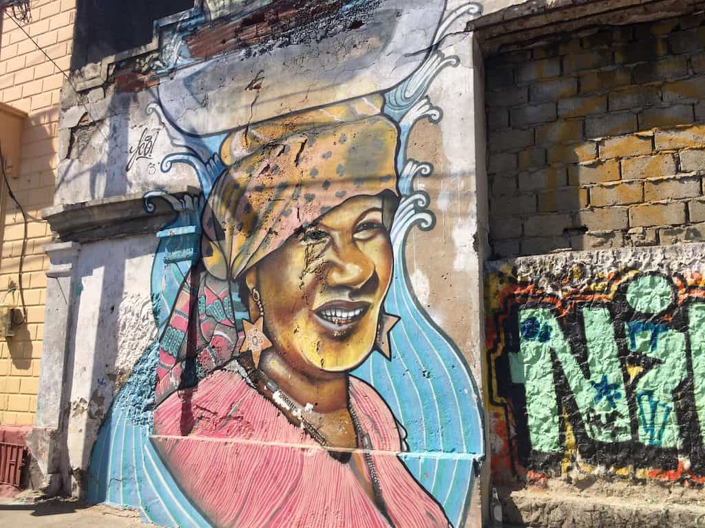 what to do in colombia - see street art
