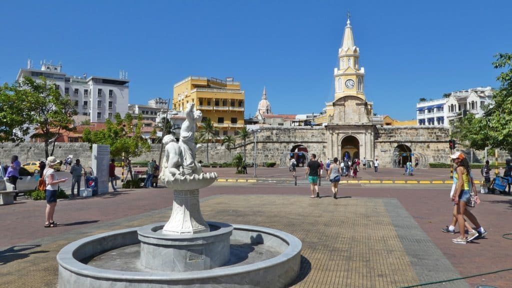 best time to travel to cartagena colombia